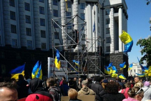 Прозрели: «Никакой АТО нет — лучших сынов Украины уничтожают специально»