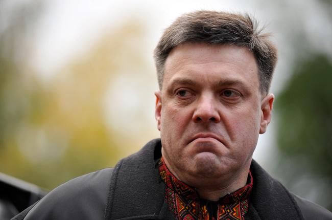 Тягнибок  угрожает в новом году развалить Россию на 30 маленьких государств