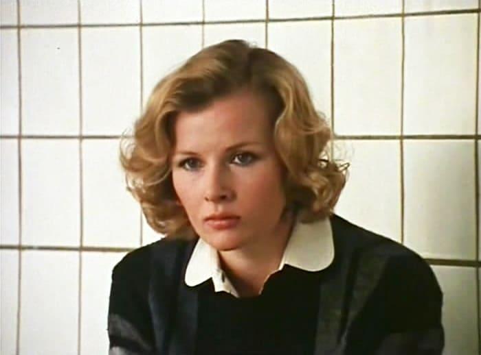 Тамара Акулова в фильме *Нужные люди*, 1986 | Фото: kino-teatr.ru