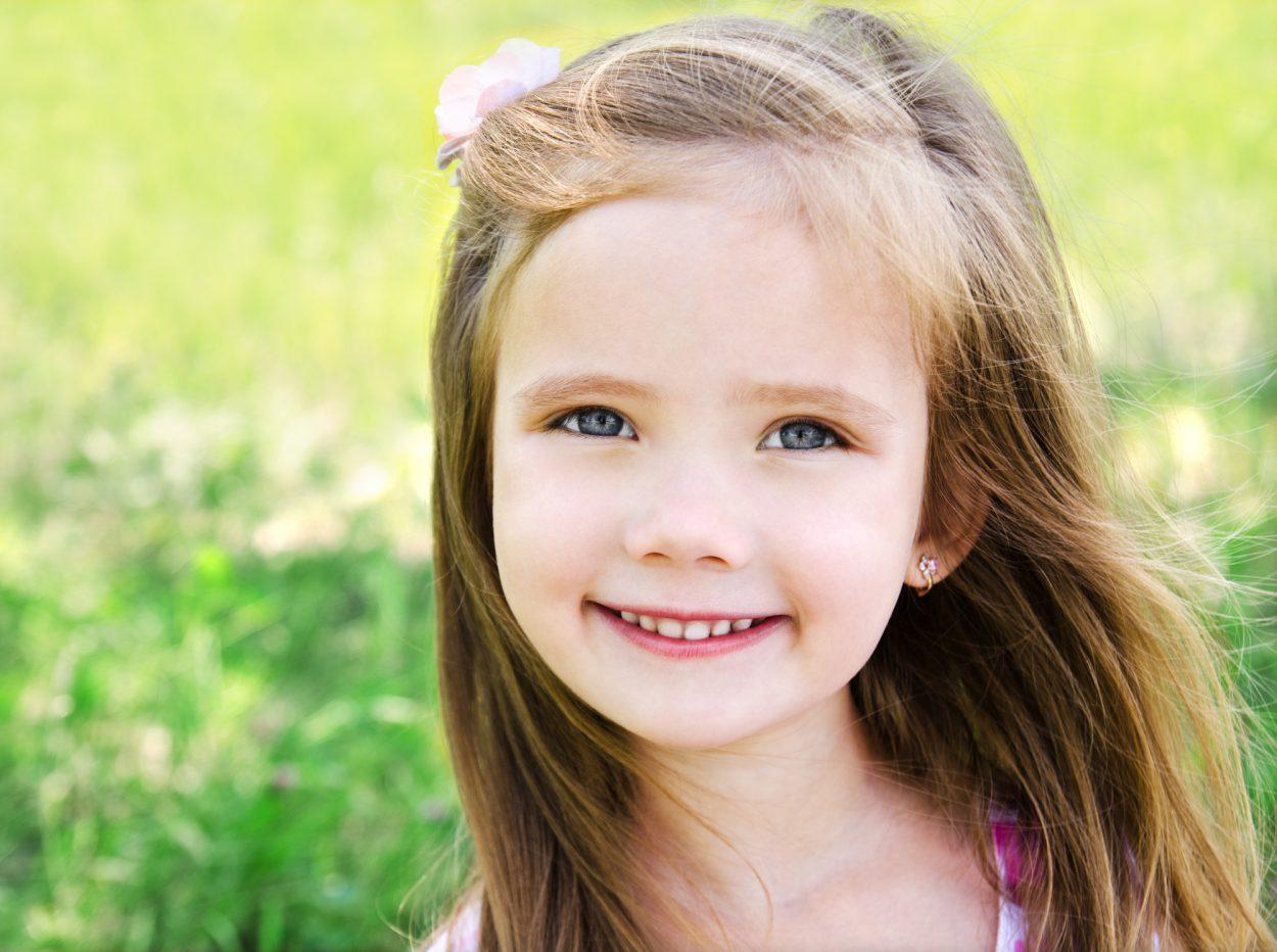 Девчонке и трёх лет нет, а уже научилась отвечать ухажёрам!..