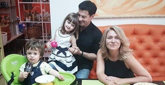 Виктория Макарская попросила поклонников помолиться за ее детей
