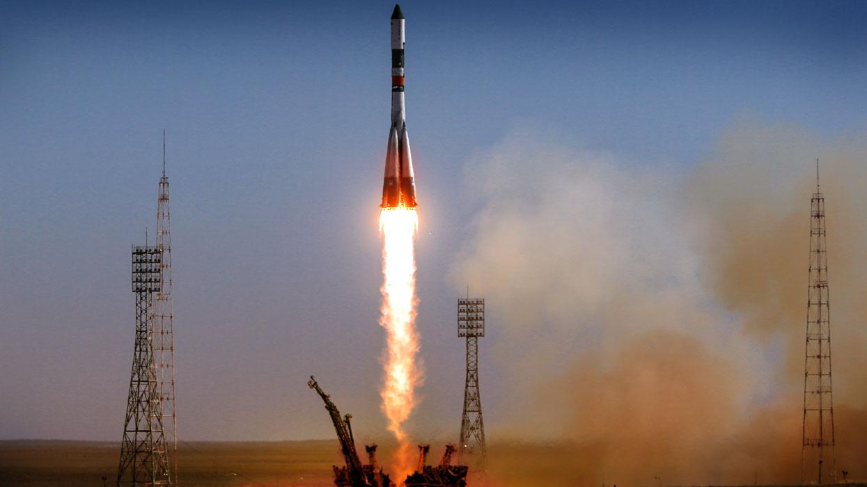Ракета «Союз-ФГ» успешно выв…