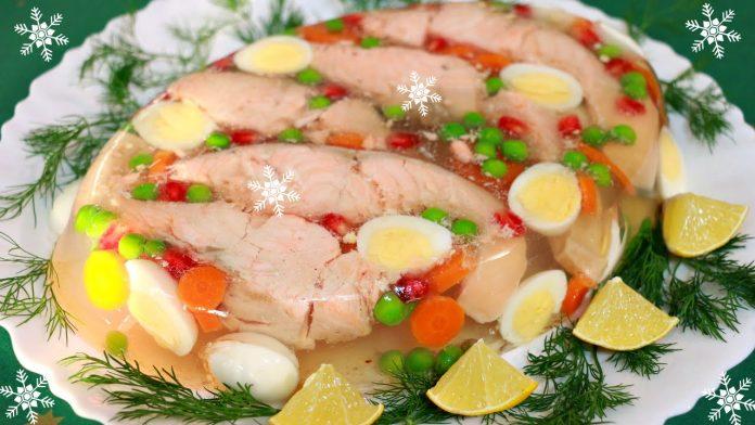 Ресторанное блюдо у вас на столе: Заливная рыба, по особенному рецепту