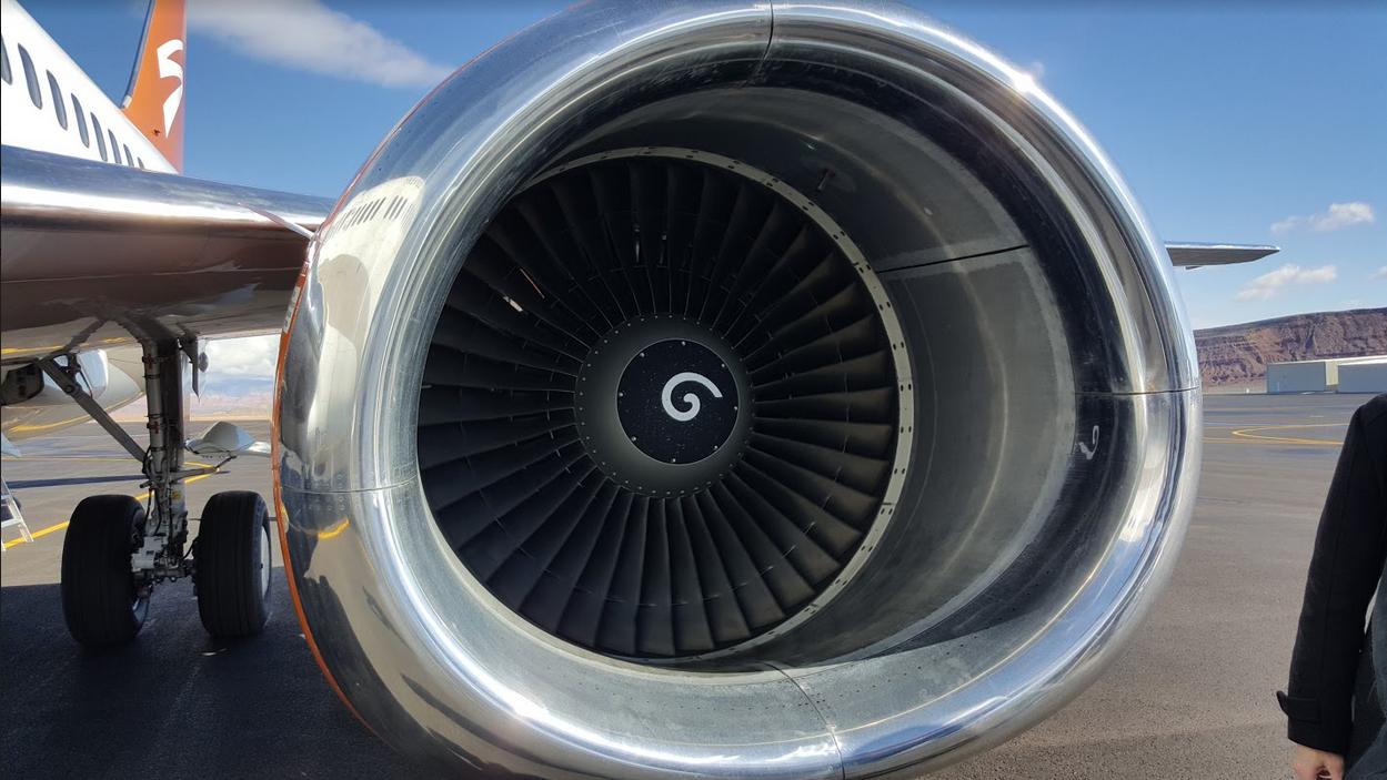 Вот что означают спирали внутри авиационных двигателей