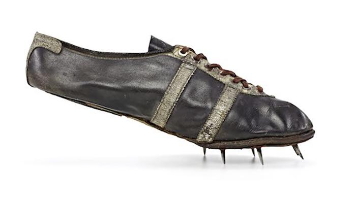 Шипованная обувь Братьев Дасслеров.