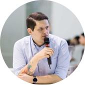 Максим Бобренев, операционный директор кофейного пространства «Смарт Кофе на ВДНХ».