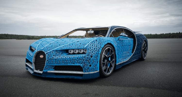 Bugatti из миллиона кубиков.…