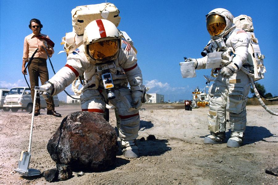 Дмитрий Рогозин проверит высадку американцев на Луне