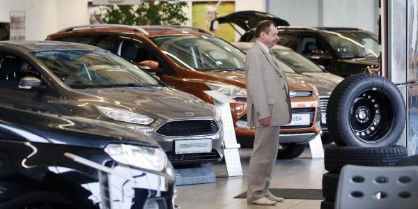 Продажи автомобилей в России…