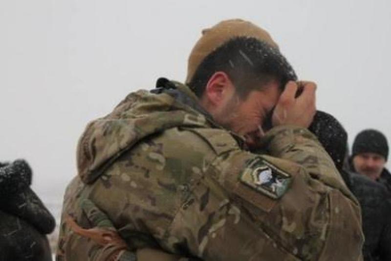 Небоевые потери: военнослужащие ВСУ калечат себя лишь бы не воевать в Донбассе