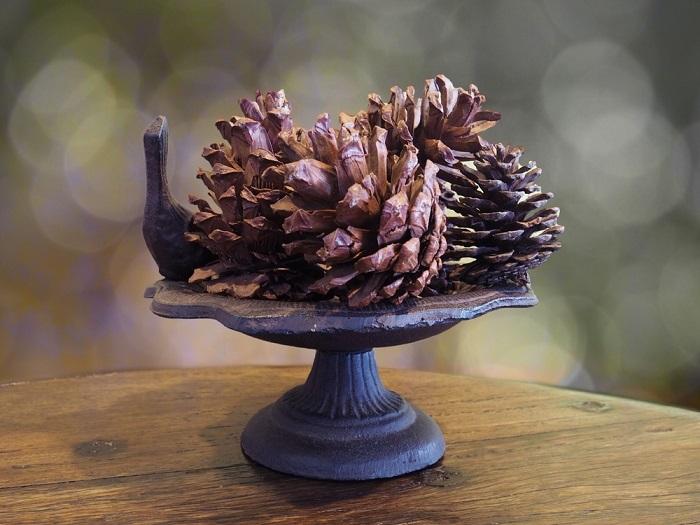красивые новогодние композиции из шишек