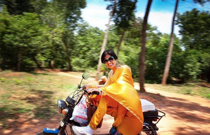 Мопеды - единственный транспорт в Ауровиле