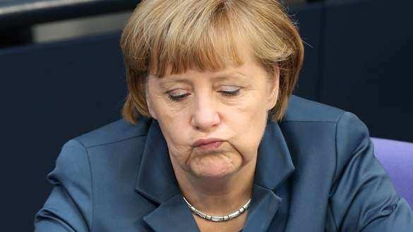 Меркель о ситуации на Украине: Не показывает признаков улучшения, а, напротив, обостряется