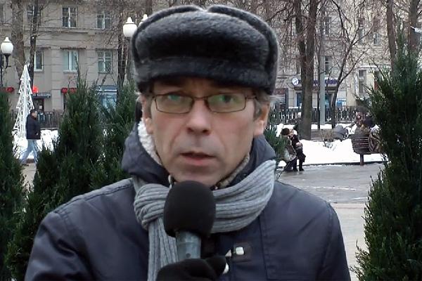 Ещё один украинский выродок вещает...