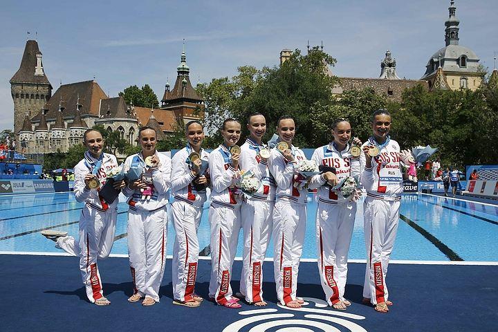 Российские синхронисты стали первыми в медальном зачете чемпионата мира
