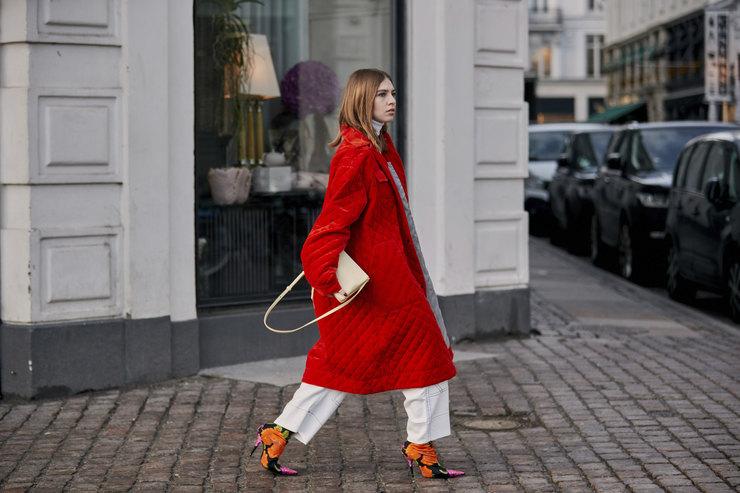 Скандинавские модницы показывают, как небанально одеваться вкрасный