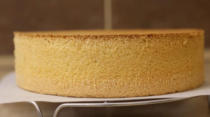 Классический бисквит - простой рецепт Бисквит, Рецепт, Видео рецепт, Кулинария, Еда, Irinacooking, Видео, Длиннопост