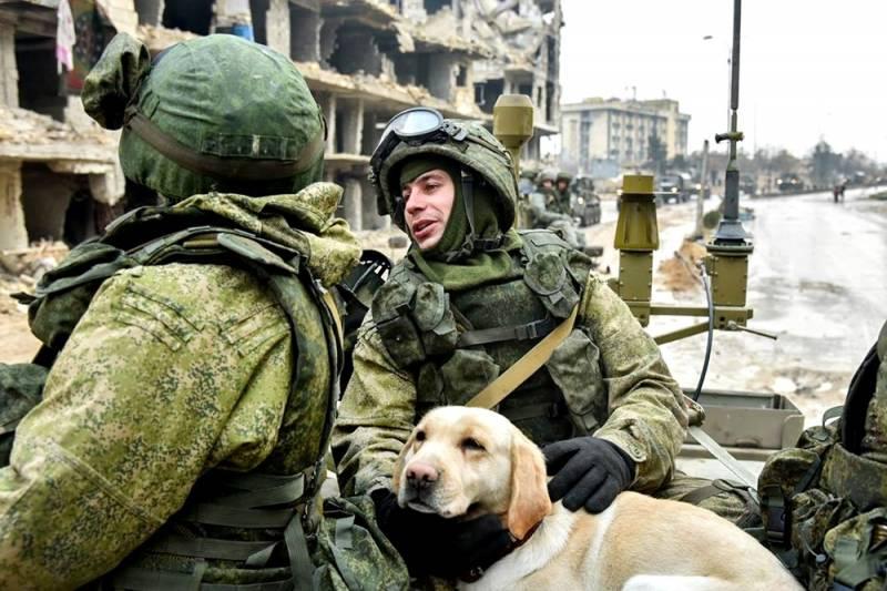 Как российские военные обучают сирийских солдат