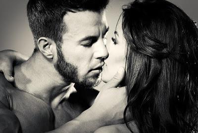 Как зажечь своего мужчину, свести с ума от любви, если вы не первый год вместе