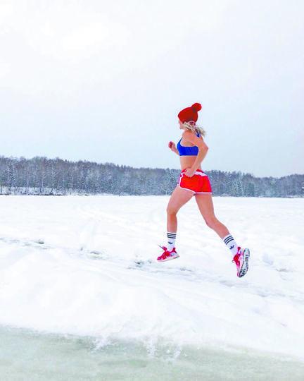 Любителям побегать помогут углеводы и рыхлый снег