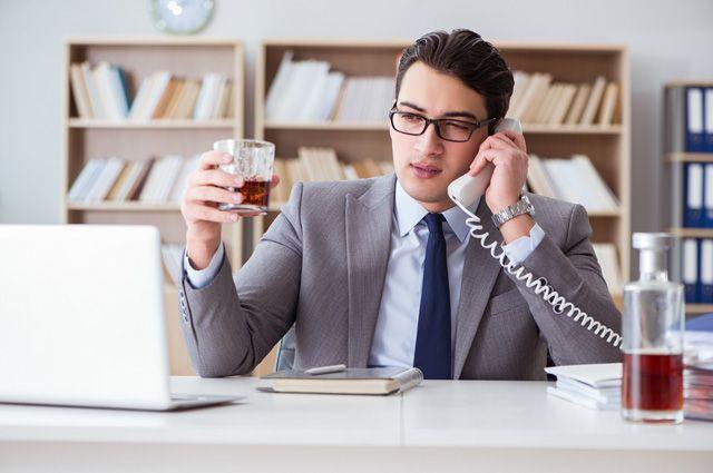Могут ли уволить за пьянство на рабочем месте?