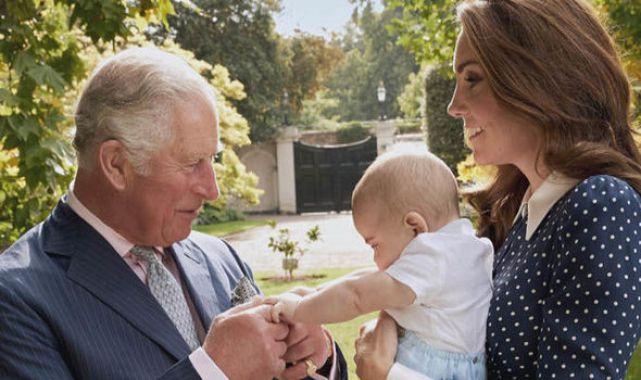 Новое фото маленького принца Луи: малыш растет