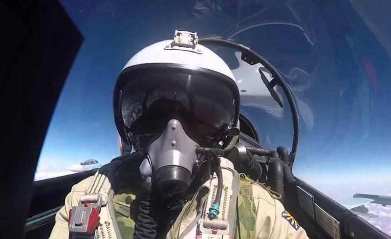 Новый шлем лётчика адаптируе…