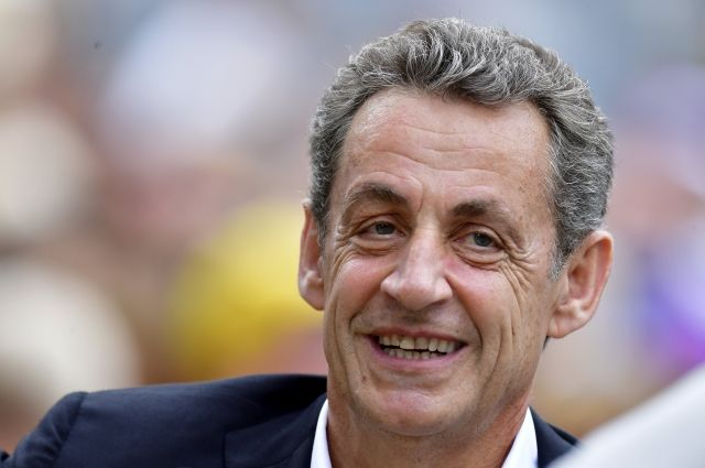 СМИ сообщили, что Саркози заподозрили в получении взятки от Катара