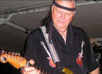 Скончался автор музыки к фильму «Криминальное чтиво» Дик Дейл