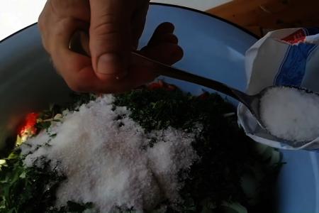 Летний салат на зиму: фото шаг 3