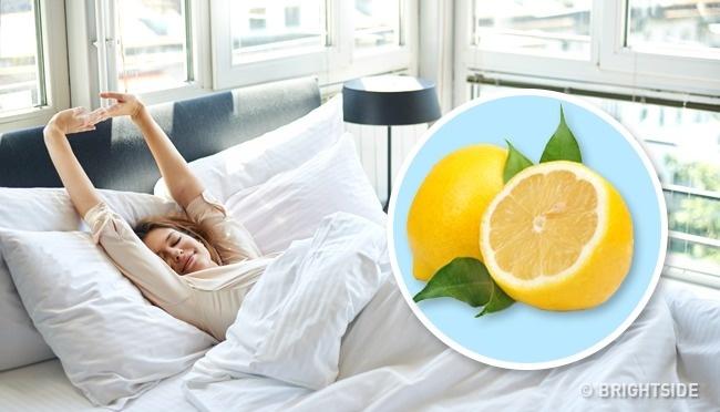Почему полезно положить лимон в спальне?