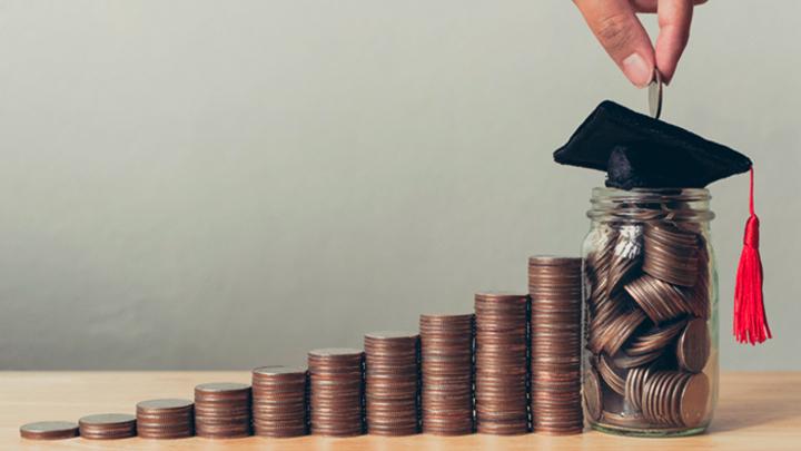 Алименты для студентов-очников: Государственная экономия или поощрение иждивенчества