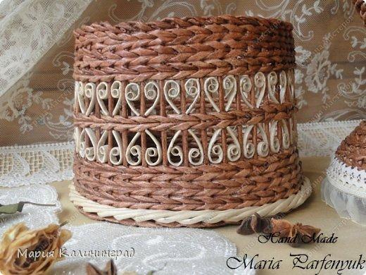 Очень красивые плетенки из газет от Марии Калининград (55) (520x390, 217Kb)