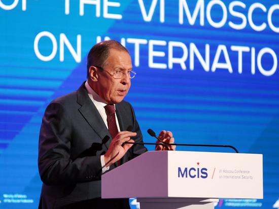СМИ анонсировали уход Лаврова с поста главы МИД из-за усталости