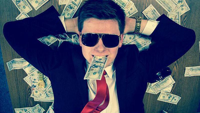 «Если вы до сих пор не разбогатели, это ваша вина»: 19-летний биткоин-миллионер учит, как жить