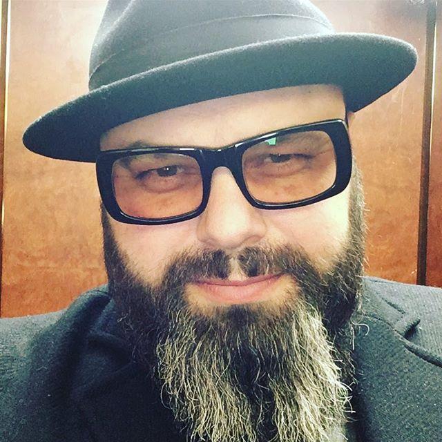 """Максим Фадеев обругал новогодние телешоу, назвав их """"погружением в ад"""""""