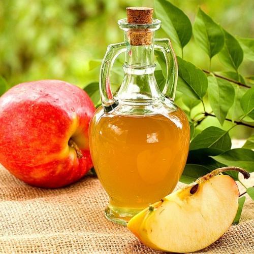 Применение яблочного уксуса для ухода за внешностью.