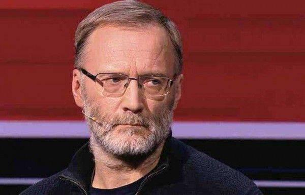 Михеев: США верховодят в Европе благодаря лизоблюдству Польши
