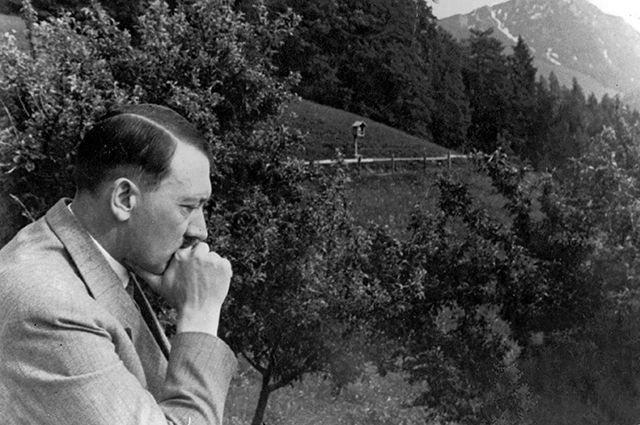 Умственно отсталый брат и тайный сын: главные секреты семьи Гитлера