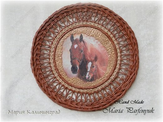 Очень красивые плетенки из газет от Марии Калининград (82) (520x390, 165Kb)