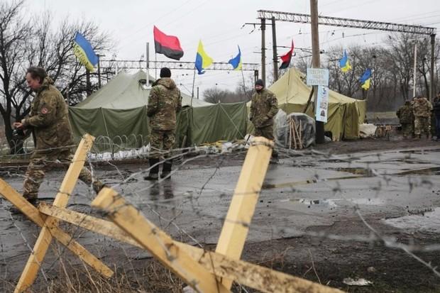 США предупредили о серьезных последствиях блокады Донбасса