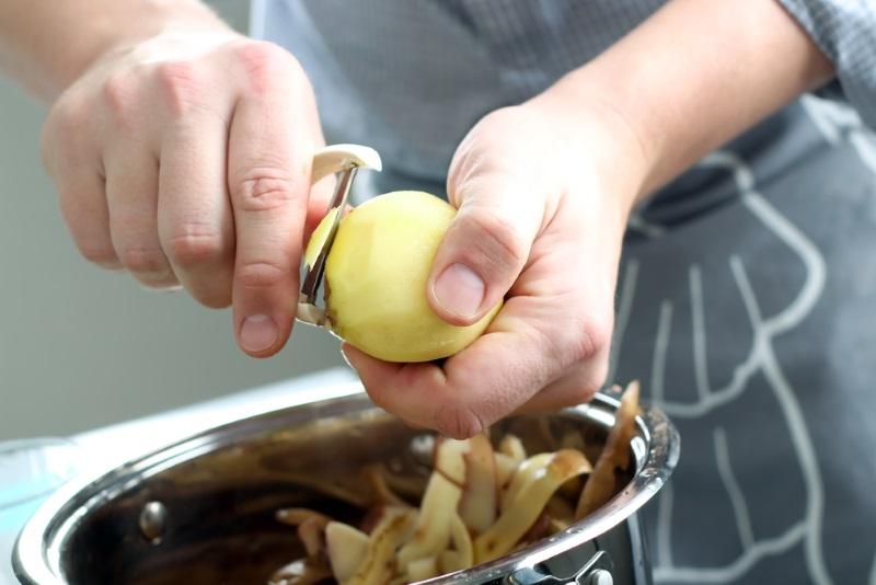 картофель запеченный дольками