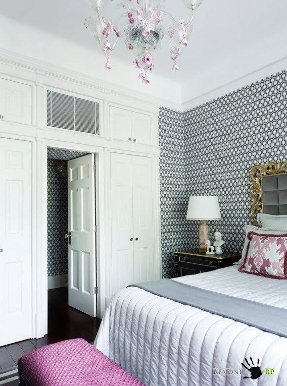 Пестрый принт для интерьера спальни