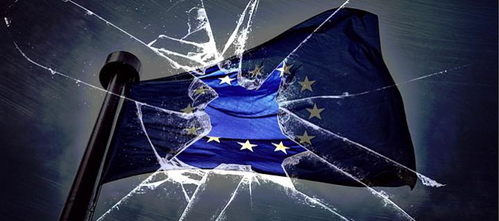 Европейские элиты списывают свою несостоятельность на Трампа и Путина
