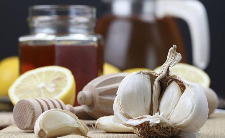 Самая мощная смесь лимона и чеснока для очистки артерий и предотвращения сердечных приступов