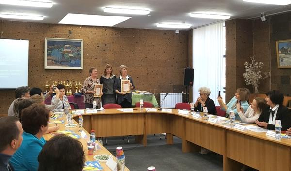 Депутат Госдумы Лариса Тутова поддержала проект «Язык – духовный код нации»
