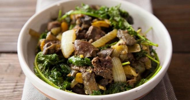 Салат из куриных сердечек - вкусное, сытное блюдо для любого случая