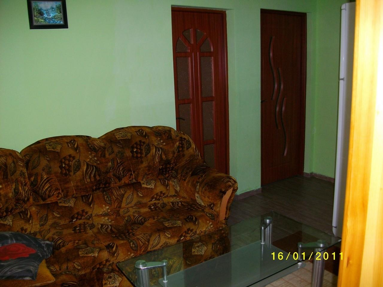 квартира в город русе болгария 4 комнатьи и кухня ,95кв.м, в городе ест русскии консулат ,41500 евро,00359878600910