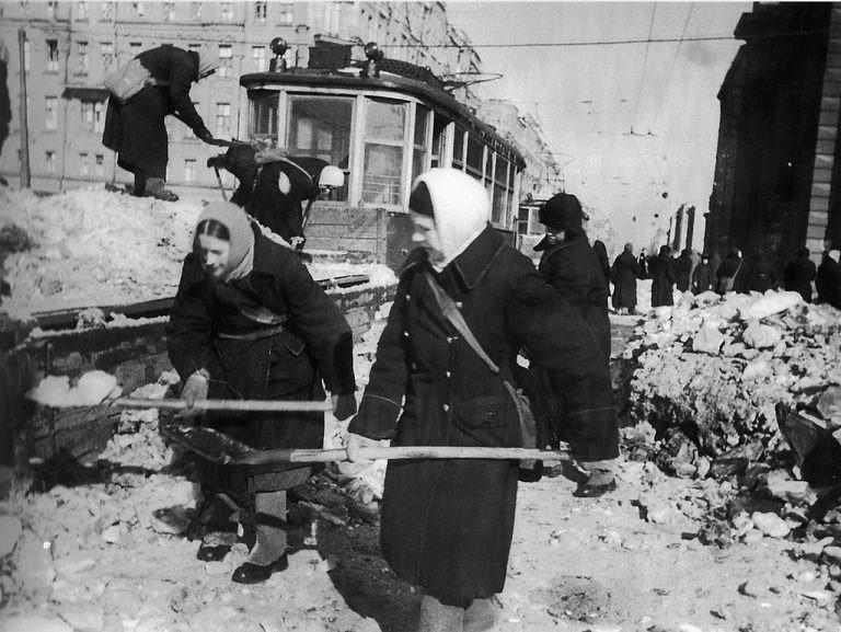 Люси Дикерсон: «За отрицание Подвига советского народа пора судить и сажать!»