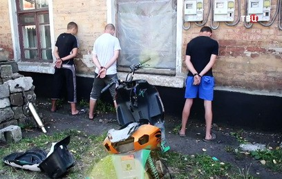 Спецслужбы Украины угрозами подстрекали подростков к терактам в ДНР